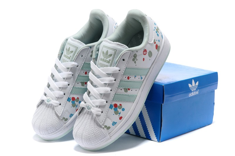 entrada Canguro siglo  Adidas Sale Uk : Adidas Shoes Online For Sale at milenarodrigues.com | NMD,  Superstar, Yeezy, Stan Smith